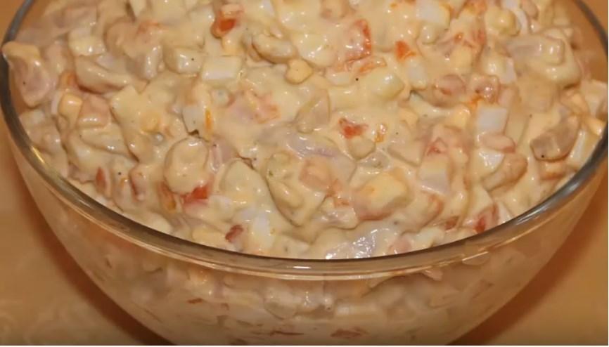 Салаты с кальмарами на Новый год - 15 самых вкусных рецептов