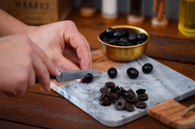 Праздничные закуски на Новый год 2020 - рецепты из простых продуктов