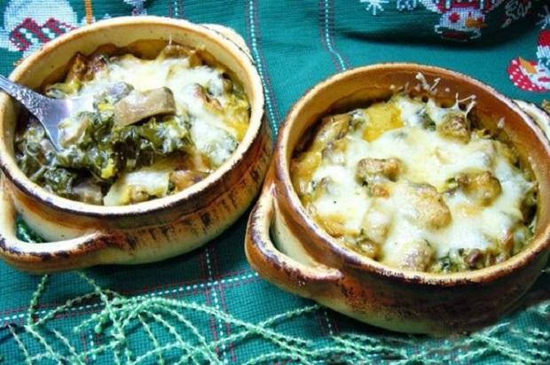 Жульен с курицей и морепродуктами - 8 пошаговых рецептов с фото