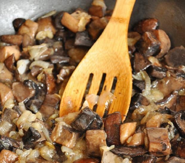 Жульен с грибами - 8 пошаговых рецептов с фото