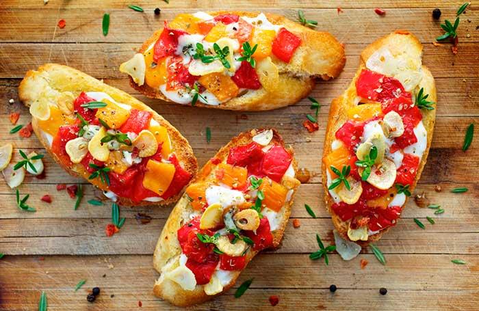 Горячие бутерброды в духовке, на сковороде (приготовление пошагово)