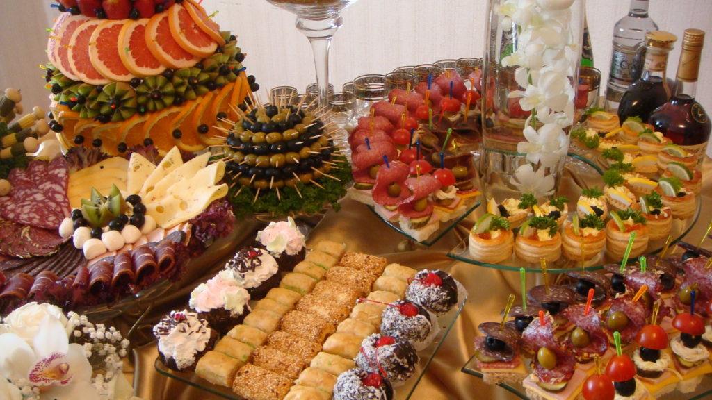 Закуски для фуршета на праздничный стол Пасхи 2019 Года