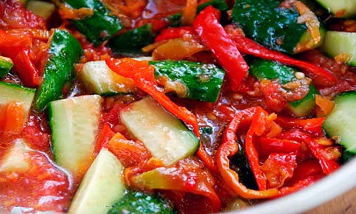 Лечо из огурцов на зиму - 4 рецепта невероятно вкусной заготовки