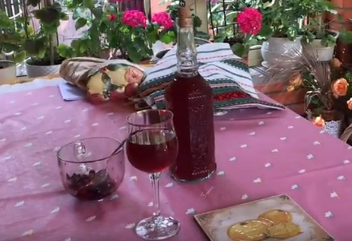Домашнее вино из ягод — пошаговый рецепт с картинками
