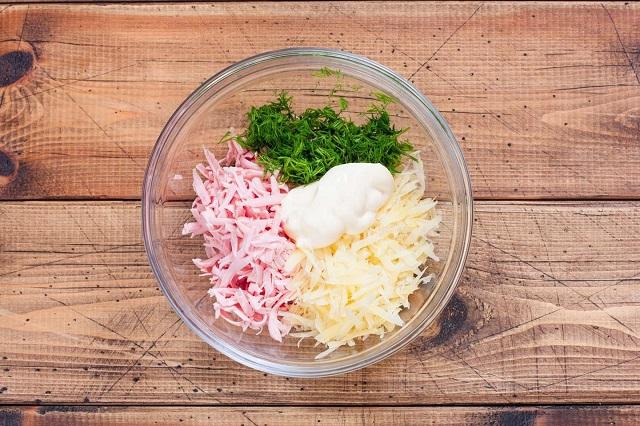 Закуски из лаваша - простые и вкусные рецепты на праздничный стол