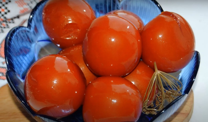 Квашеные помидоры с сухой горчицей