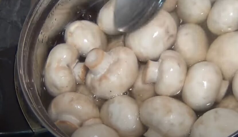 Как отваривать грибы перед жаркой