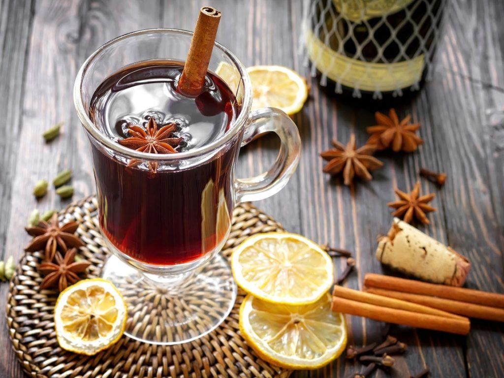 8 праздничных напитков на Новый год 2021 Быка