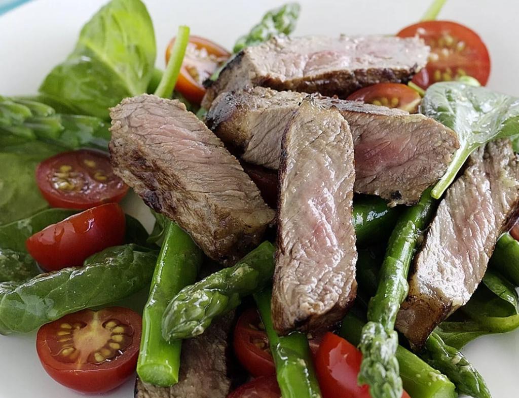 7 простых и вкусных салатов на Новый год 2021