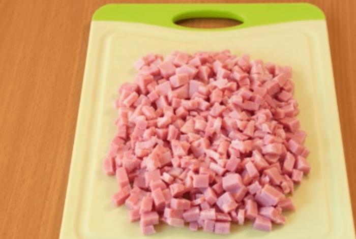 Порезать колбасу